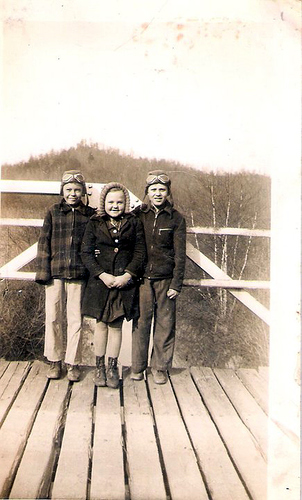 4-Anos, Clement Laxton and Louine Laxton-Dobbs
