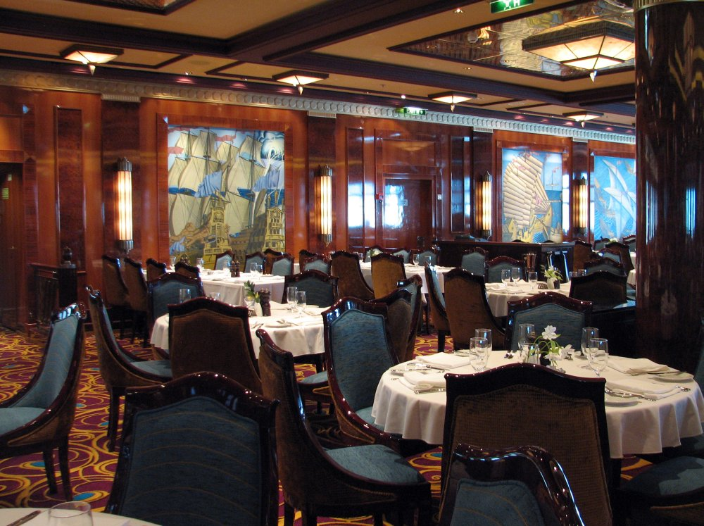 Norwegian Gem, Grand Pacific Main Dining Room
