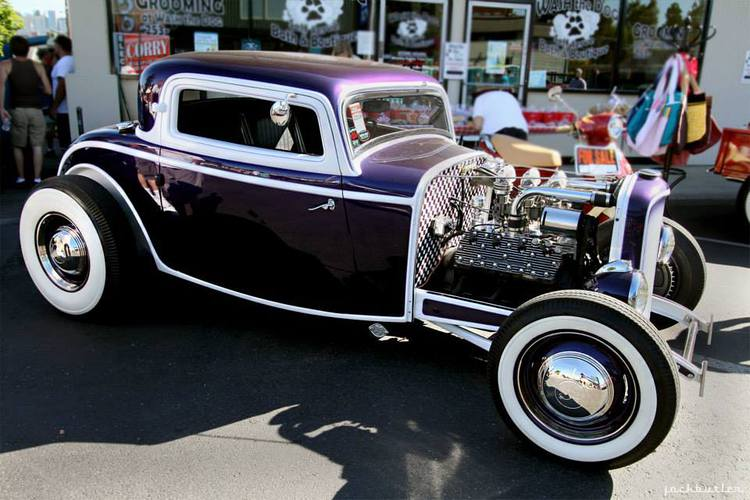 it looks like this one is done in pearl white and purple photos by jack butler and paul from the internet enjoy the beauty of customizing