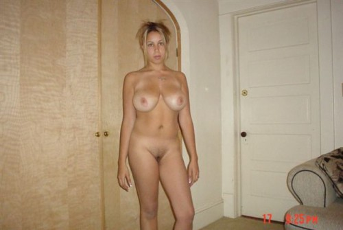 Онлайн голые женщины фото