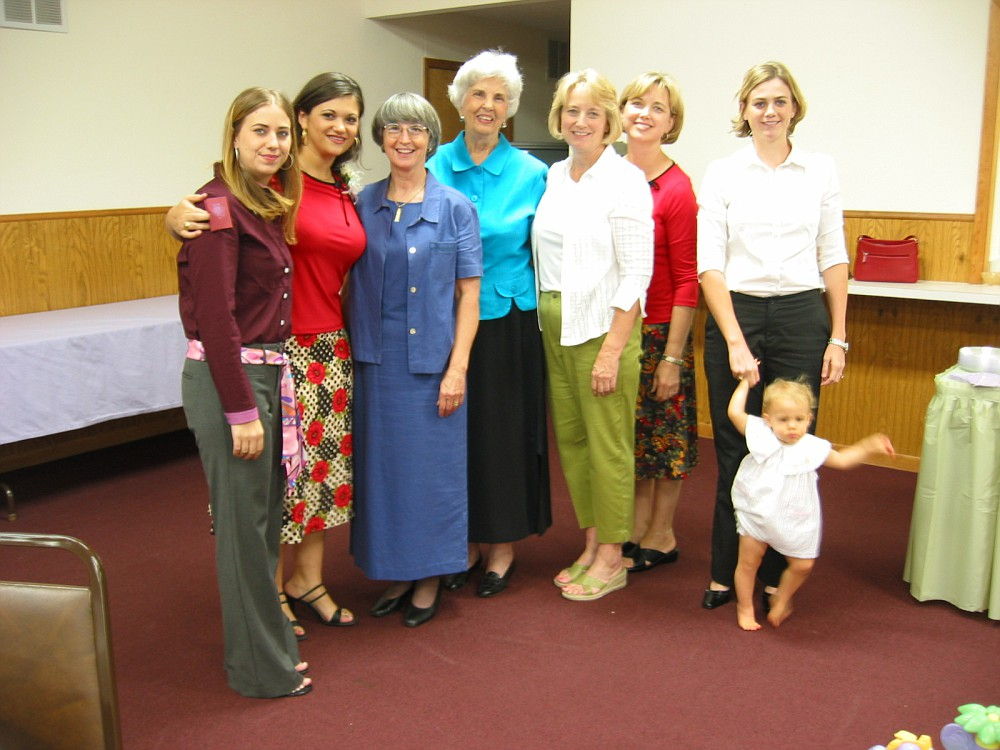Amanda, Me, Aunt Elaine, Mrs. (Sutton) Wilkerson, Teresa, Donna, Hailey, & Abigail
