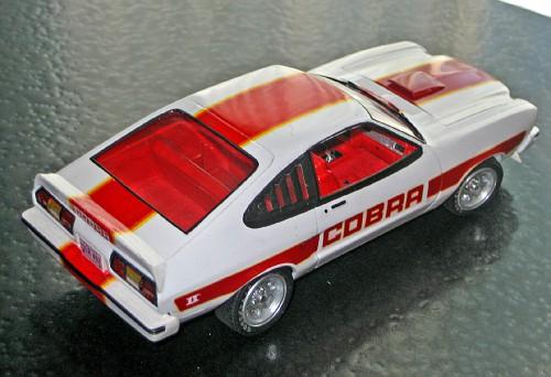 Charlie's Angels Farraw Fawcet 77 Mustang Cobra 2  MustangIICobra1977082-vi
