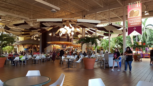 Food Court inside HERSHEY